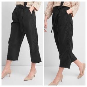 GAP Tie-Waist Crop Wide-Leg Pant